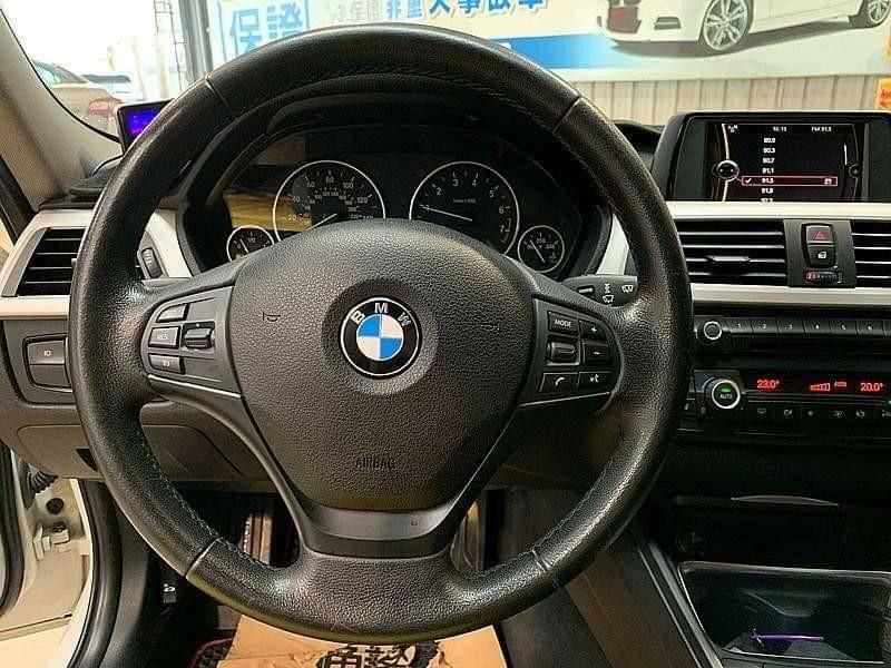 2012年 美規 BMW 328i