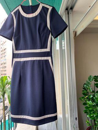 簡潔大方連身裙