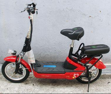 (BRAND NEW) YIJIAO E-SCOOTER 8ike.sg