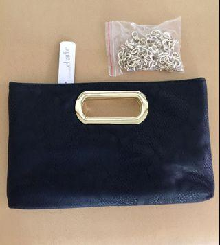BNWT & AUTHENTIC CHARMING CHARLIE CLUTCH WITH CHAIN STRAP