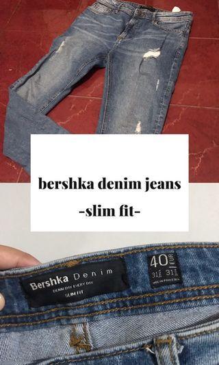 Bershka Denim Jeans Ripped Style Slim Fit