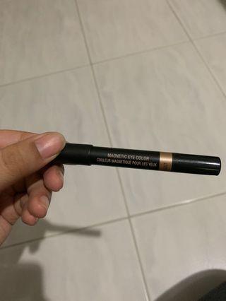 NUDESTIX magnetic eye colour in GILT