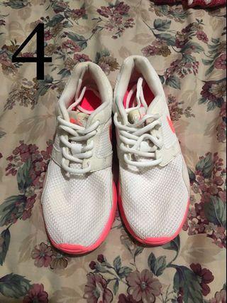 Nike Womens Kaishi Neon Pink