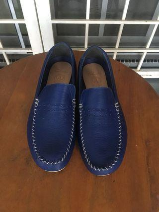 Men shoes slip on  (Clarks Original)