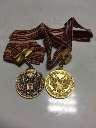 日本陸上競技金銅獎牌2枚合售