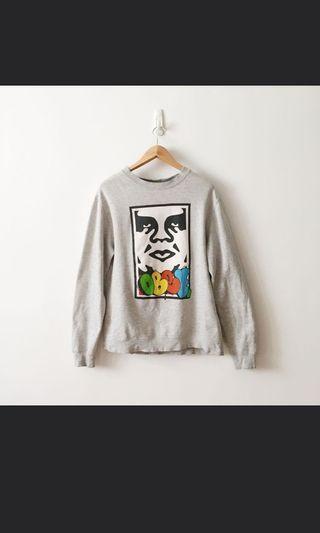 🚚 Selling Vintage obey sweatshirt