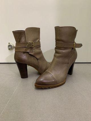 日本boots 9.5cm heels