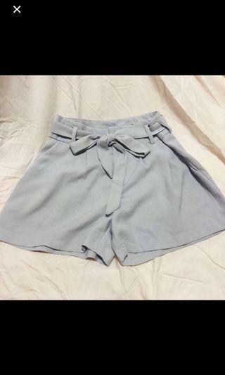 🚚 temt grey shorts