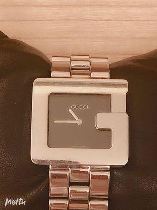 Gucci 經典手錶