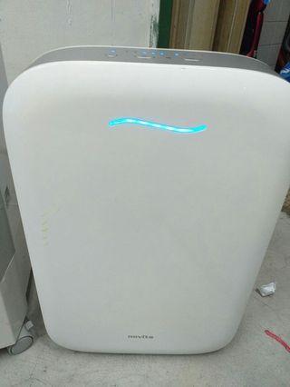Two items@$250 novita air purifier model:NAP606 retail:$299,mistral air cooler model:Mac150r retail:$159