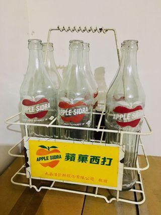 🚚 早期 蘋果西打 鐵提籃 空瓶
