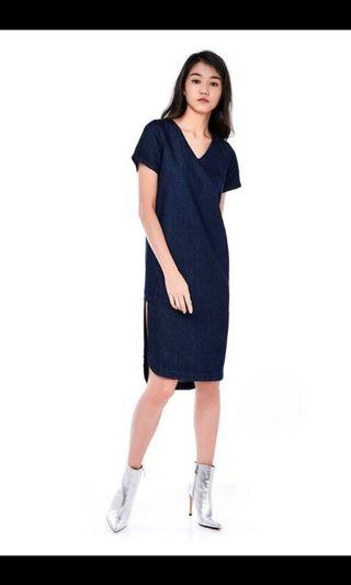 🚚 Denim sleeved dress