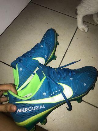 Nike boot