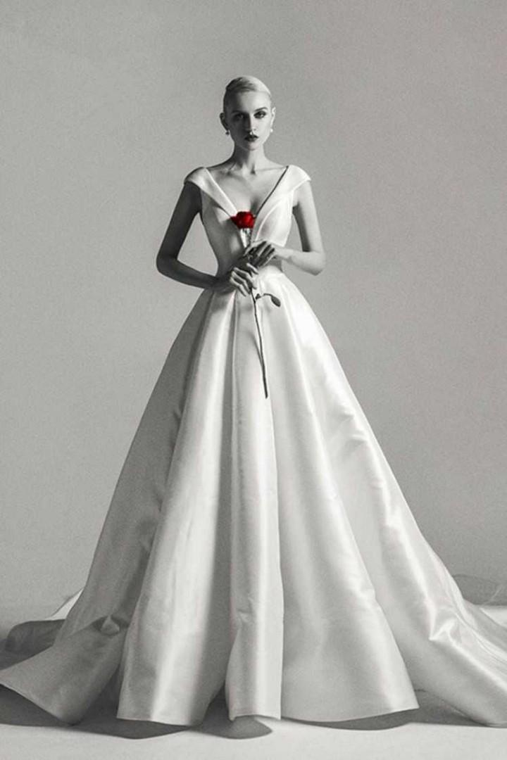 95 %new super elegant and fancy wedding gown