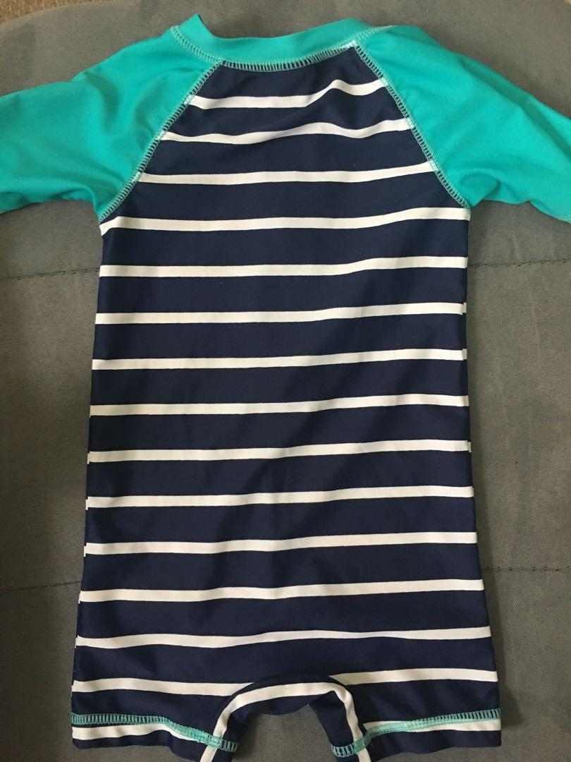 Brand new infant Old Navy one piece swimsuit 6-12m