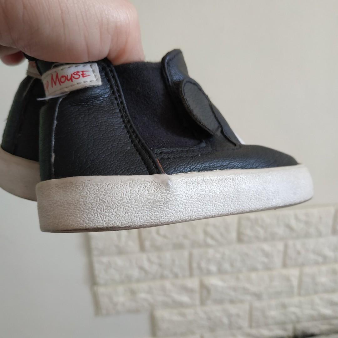 H&M Disney Shoes size 20/21