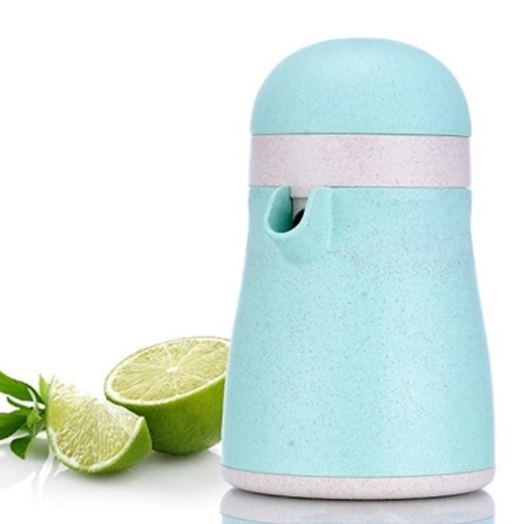 (J14) Migecon Citrus Juicer
