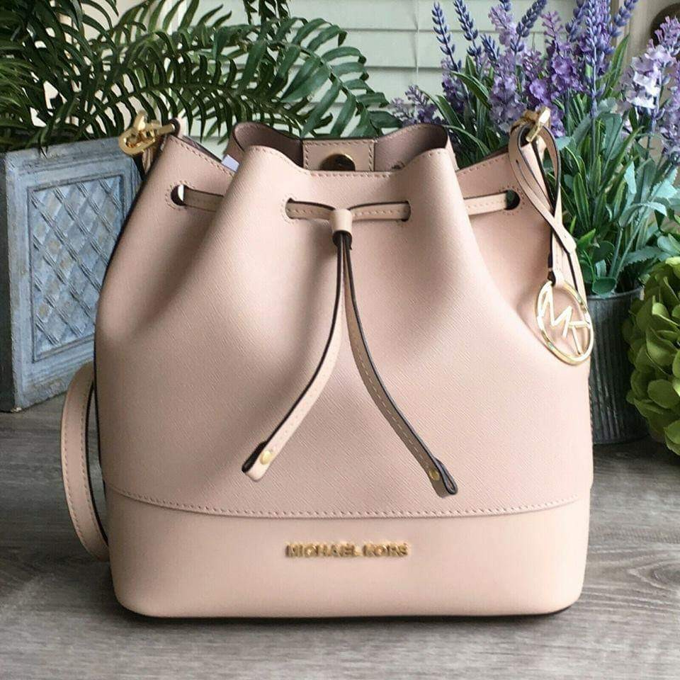 86faebc15a41 MK Trista MD Bucket Bag, Luxury, Bags & Wallets, Handbags on Carousell