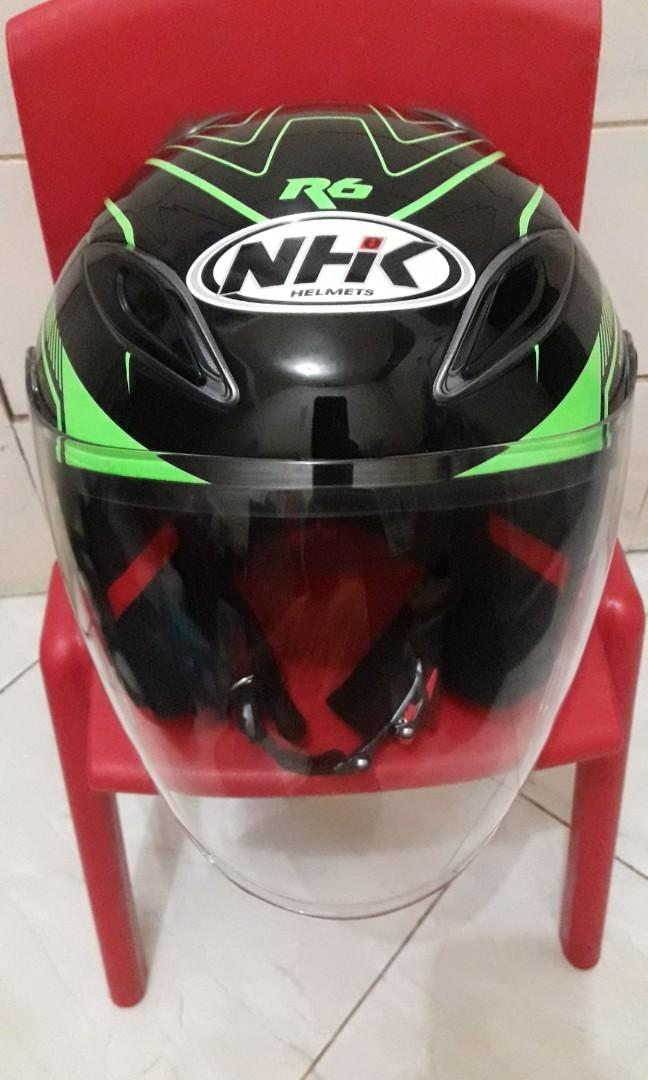 NHK R6 motif AIRFIT PERFORMANCE Half face Black Green Solid