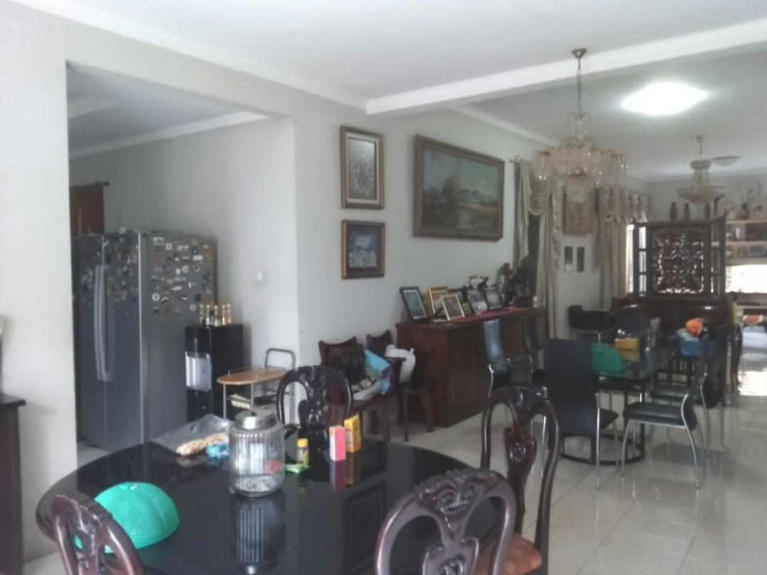 Rumah MEWAH harga MURAH lokasi ELIT RAGUNAN strategis dekat TB SIMATUPANG