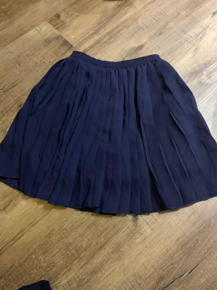 6b753ca9a Uniqlo Pleated Skater Skirt, Women's Fashion, Clothes, Dresses ...