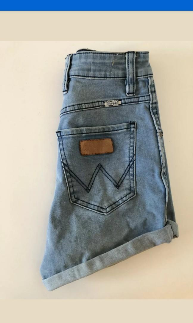 Wrangler Pin up denim shorts high waist size 6/8 Levi's vintage rollas abrand afends