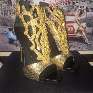 Authentic Giuseppe Zanotti Leather Gold Coral Crystal Evening Sandals Heels