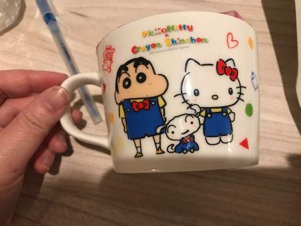 Hello Kitty + 小新杯連白桃果汁啫喱( 日本限定商品)