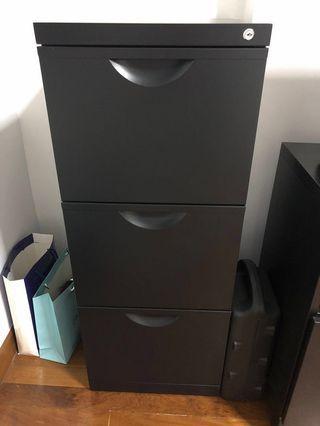 🚚 File Cabinet