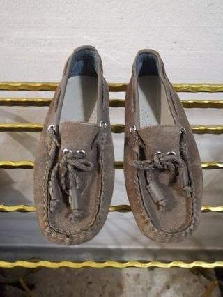 🚚 Zara boys loafer (suede)