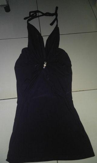 Mini dress ikat leher
