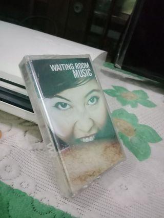 Segel,  album waiting room