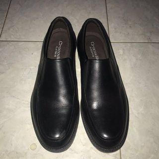 Sepatu Crocodile Platinum