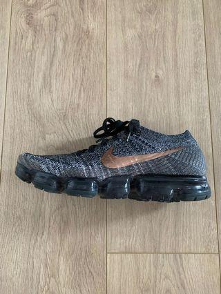 NIKE AIR VAPORMAX FLYKNIT copper and grey. 99% new. With box. USA size 11.5