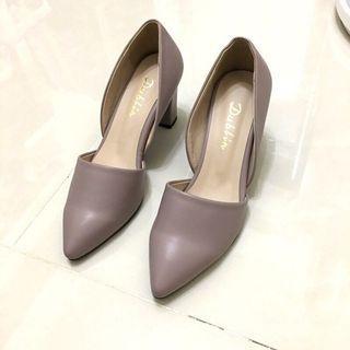 正韓藕粉色跟鞋