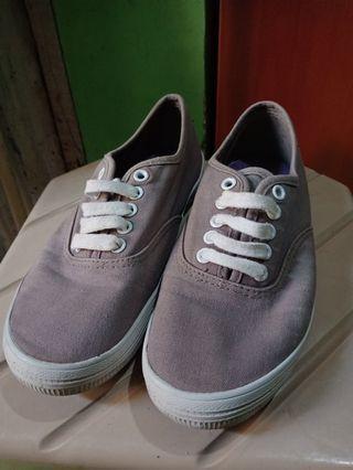 Sepatu Payless / Sneakers / Kets
