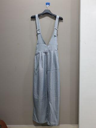 Jumpsuit jeans look a like