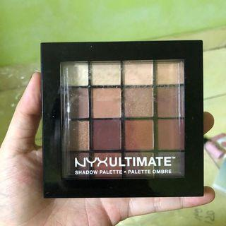 Nyx ultimate shadow pallete