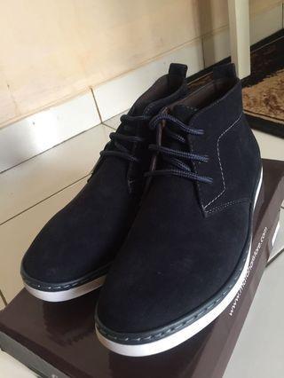 Sepatu Cowo / Men's Shoes