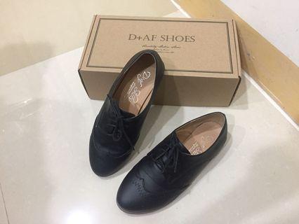 🚚 D+AF 綁帶平底牛津鞋
