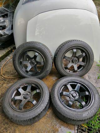 """Used 16""""rim with Dunlop tyres"""
