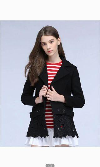 🚚 Fashion laces woolen overcoat