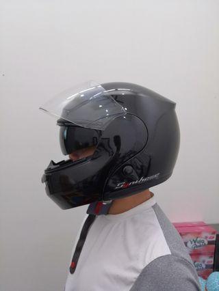 Helmet brand Zeus