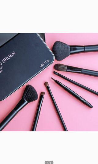 🚚 Make Up Brush Set 7 pieces