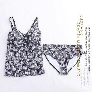 News Two pieces Swimsuit  (Europe size:50)