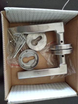 Stainless steel level handle