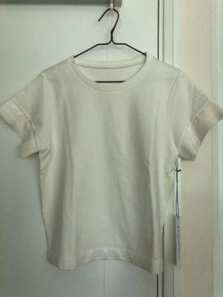 全新Giordano Ladies Size02白色上衣 - 襯西褲牛仔褲一流!