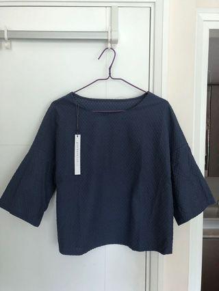 全新Giordano Ladies Size02中袖上衣 - 襯西褲牛仔褲一流!