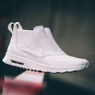 NIKE Thea Chelsea Air Max Leather Boots Unisex