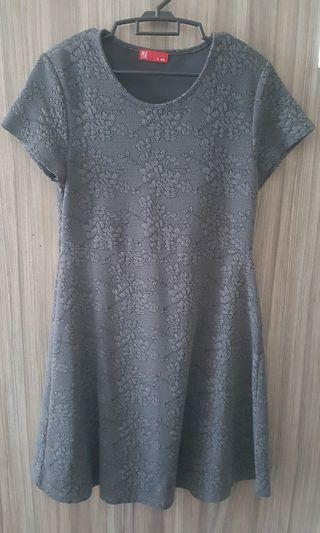 Grey color dress PDI size L